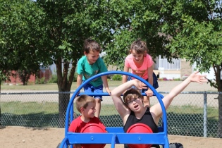 I told the kids to pretend like Ashton was driving crazy... I think they just thought that I was the crazy one!